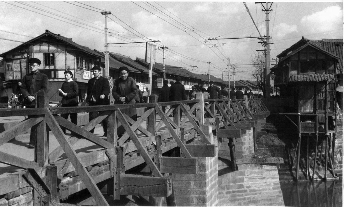 20世纪60年代东门大桥